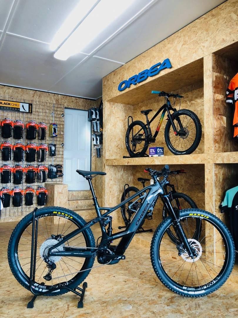 Erin Bike Hut